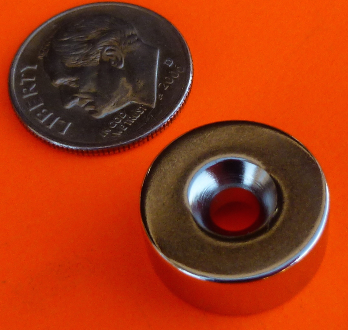 Neodymium Magnet 5/8 in x 1/4 in N42 Disc w/ #6 Countersunk Hole