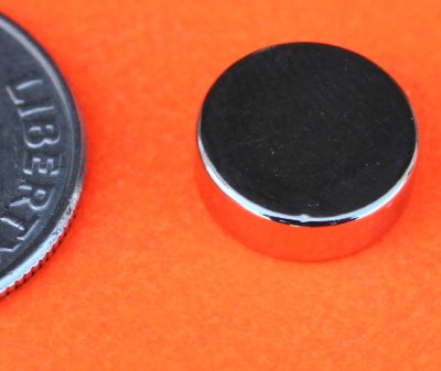 Neodymium Magnets 3/8 in x 1/8 in Disc N42