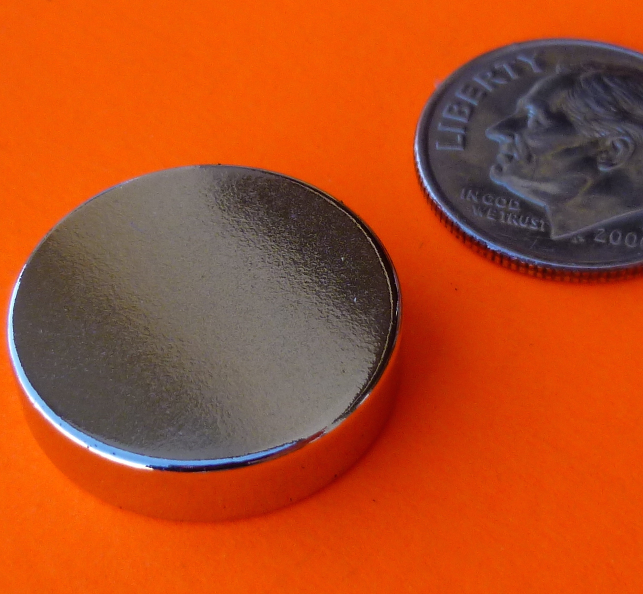 Super Strong N52 Neodymium Magnets 3/4 in x 3/16 in Rare Earth Disc